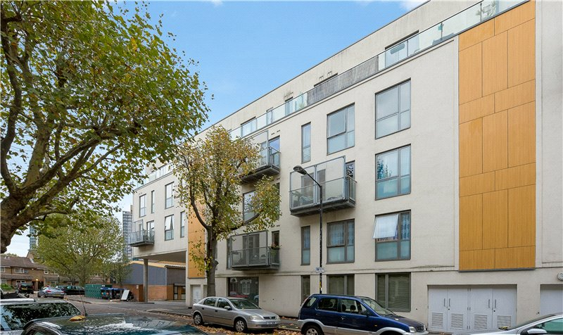 3 Bedrooms Flat for sale in Oyster Court, 85 Crampton Street, Walworth, London, SE17