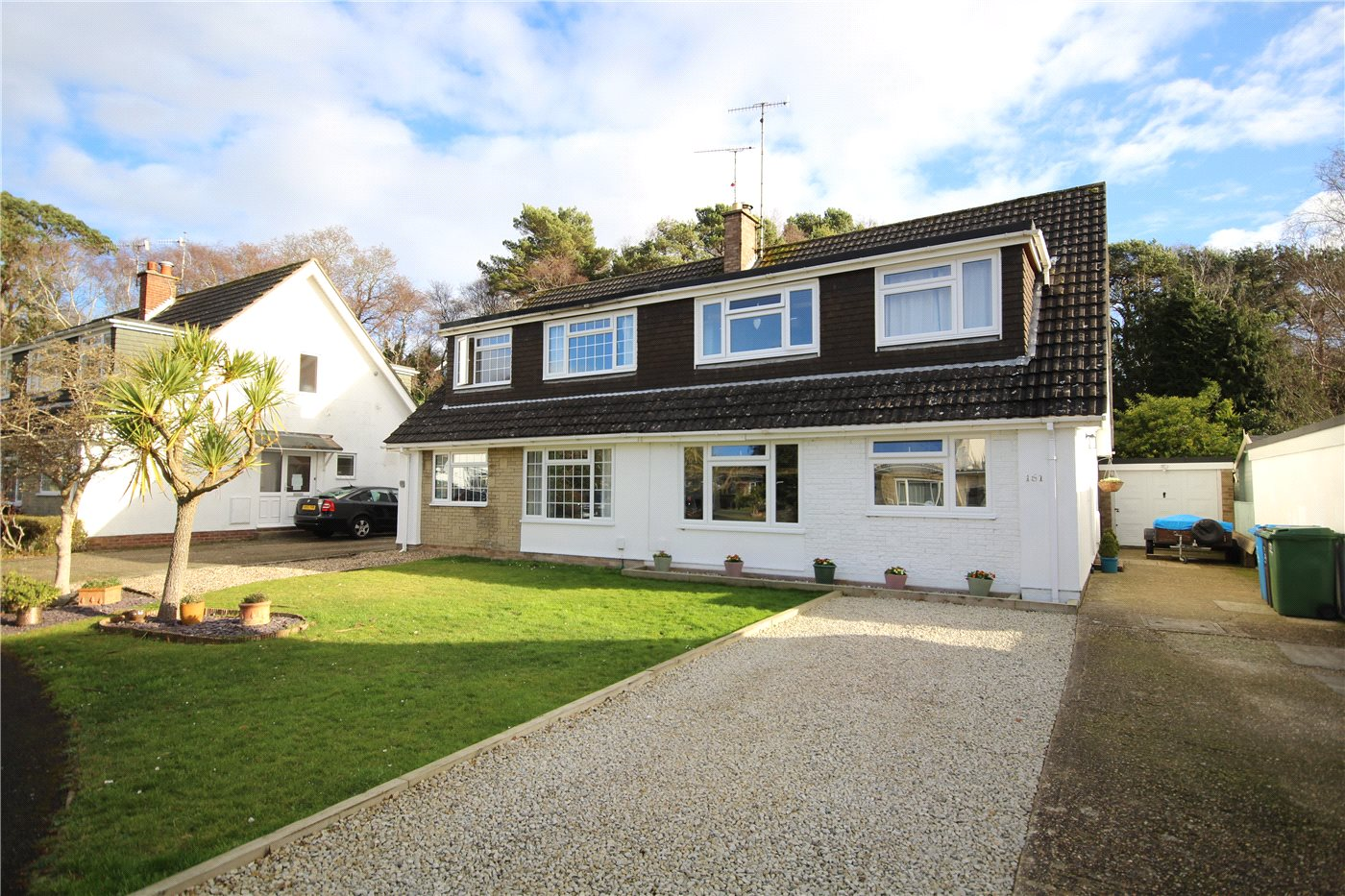 4 Bedrooms Semi Detached House for sale in South Western Crescent, Lower Parkstone, Poole, BH14