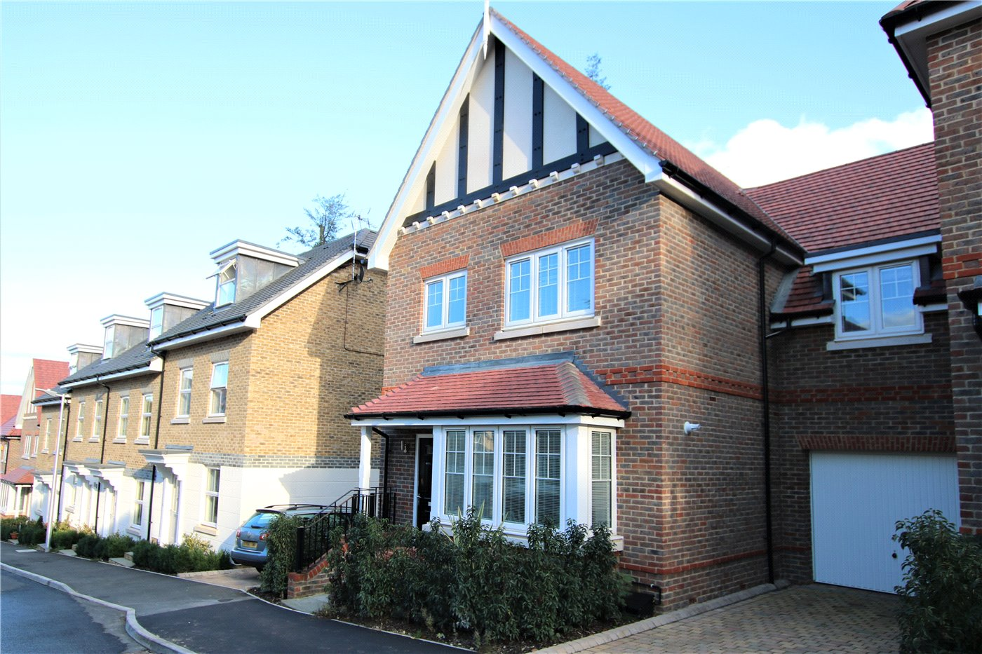 3 Bedrooms End Of Terrace House for sale in Rawlins Rise, Purley-On-Thames, Berkshire, RG31