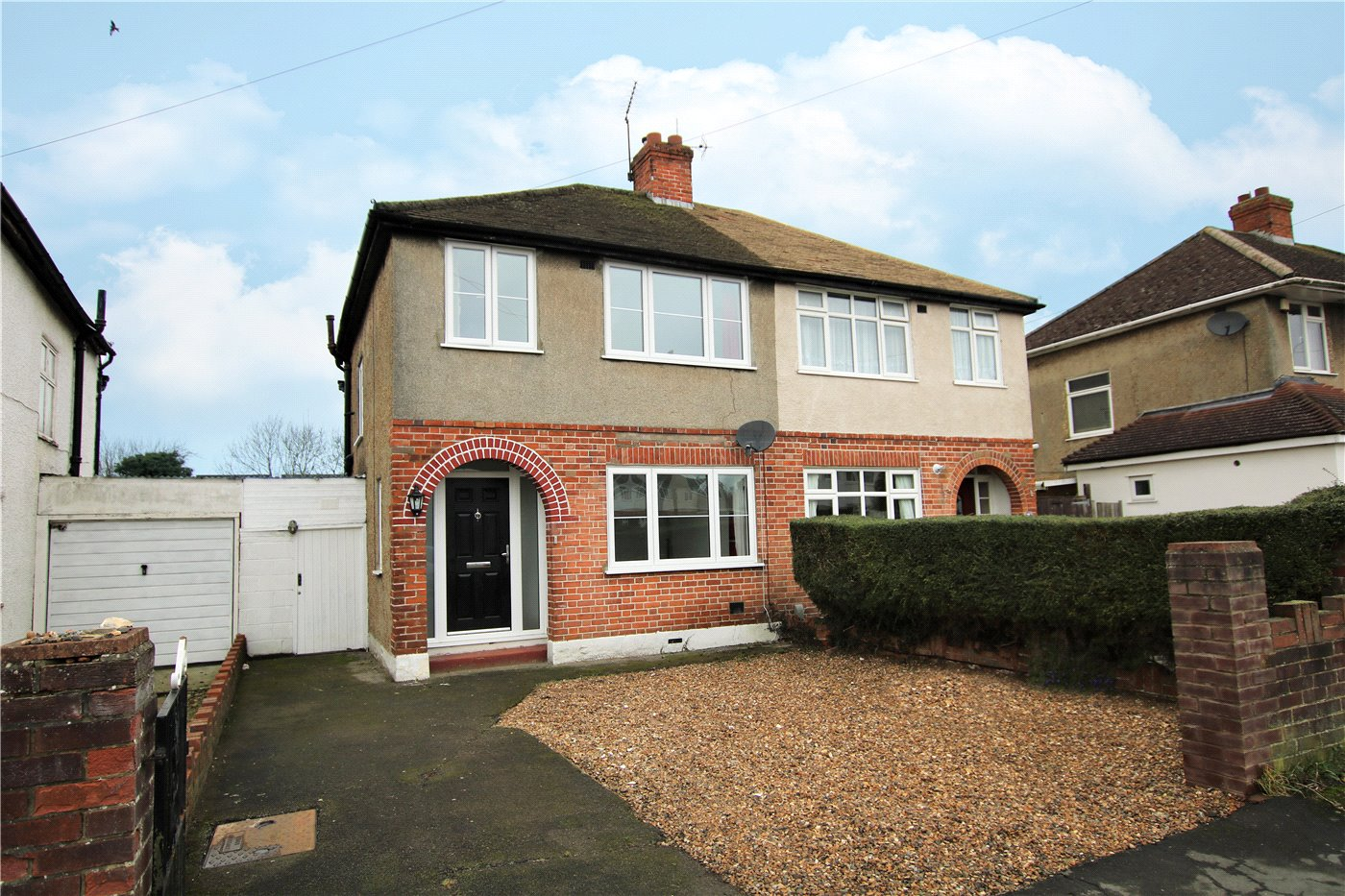 3 Bedrooms Semi Detached House for sale in Westlands Avenue, Reading, Berkshire, RG2