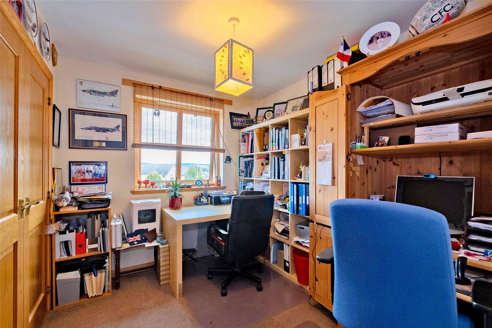Bedroom 5/Office