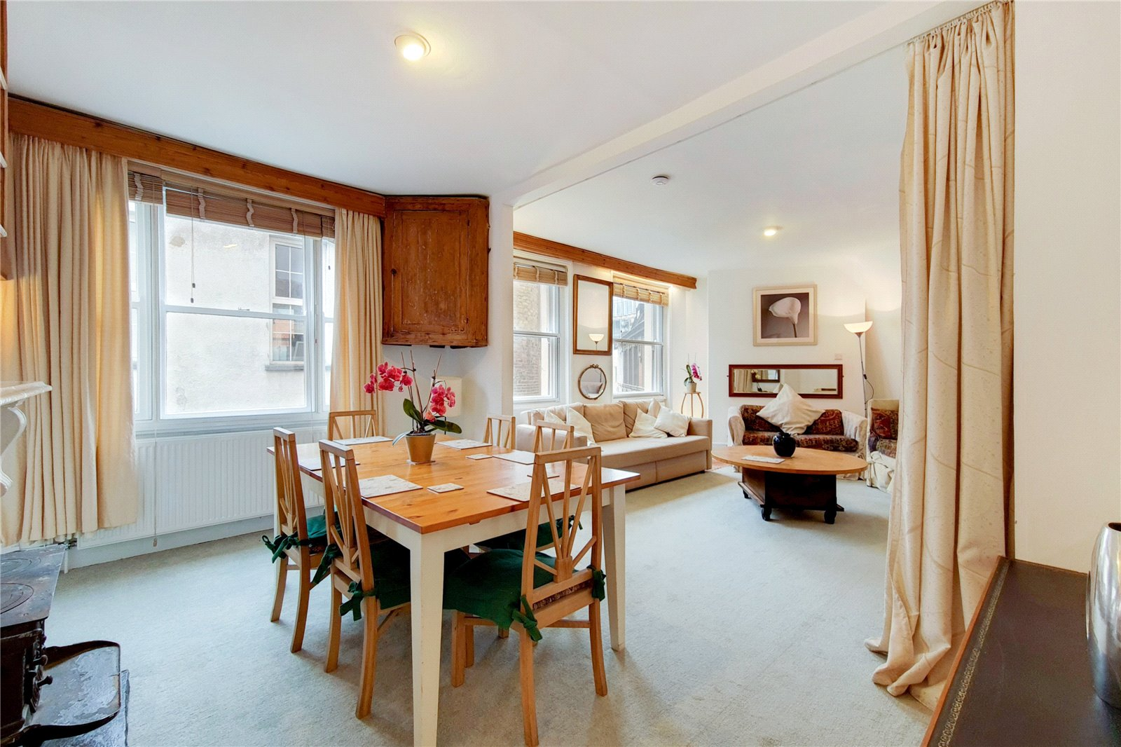 Hanway Place, Fitzrovia, W1T