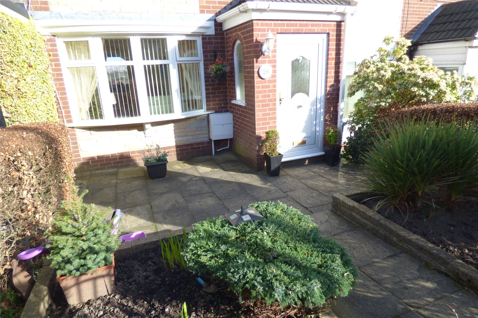 Property details   3 BedroomTerrace   Woodhill Close ...