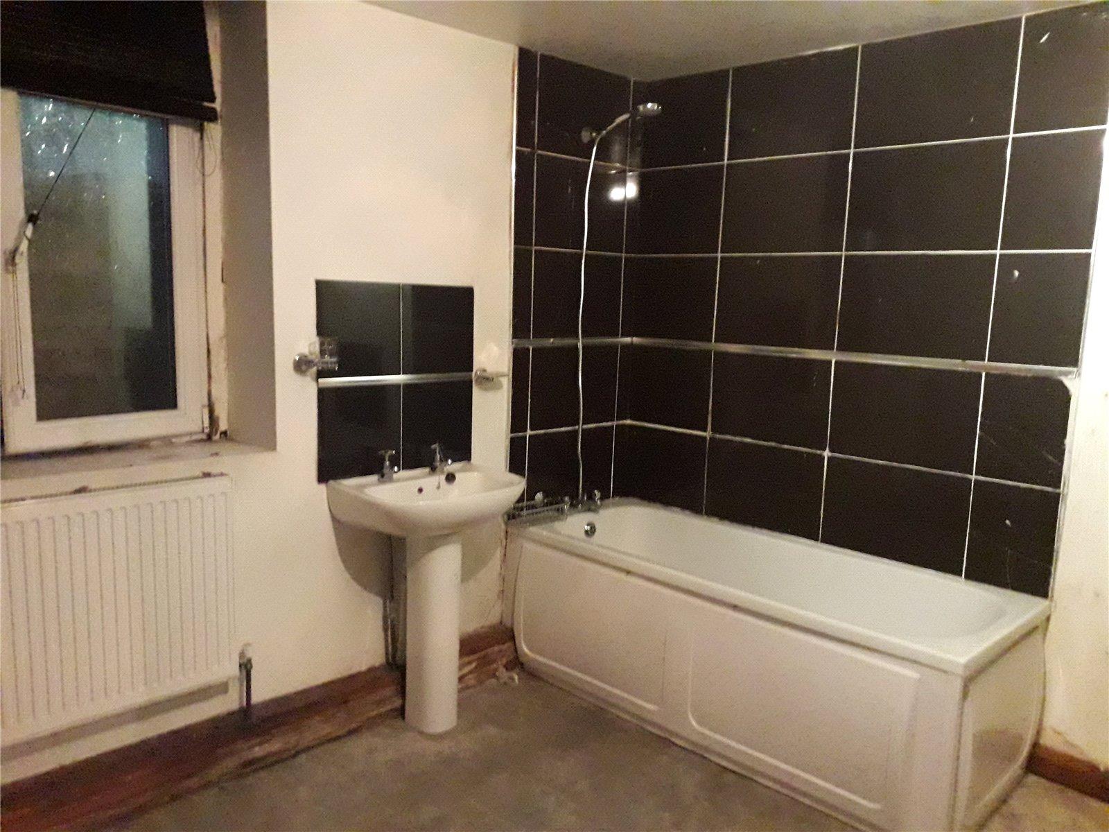 Lowerground Bathroom