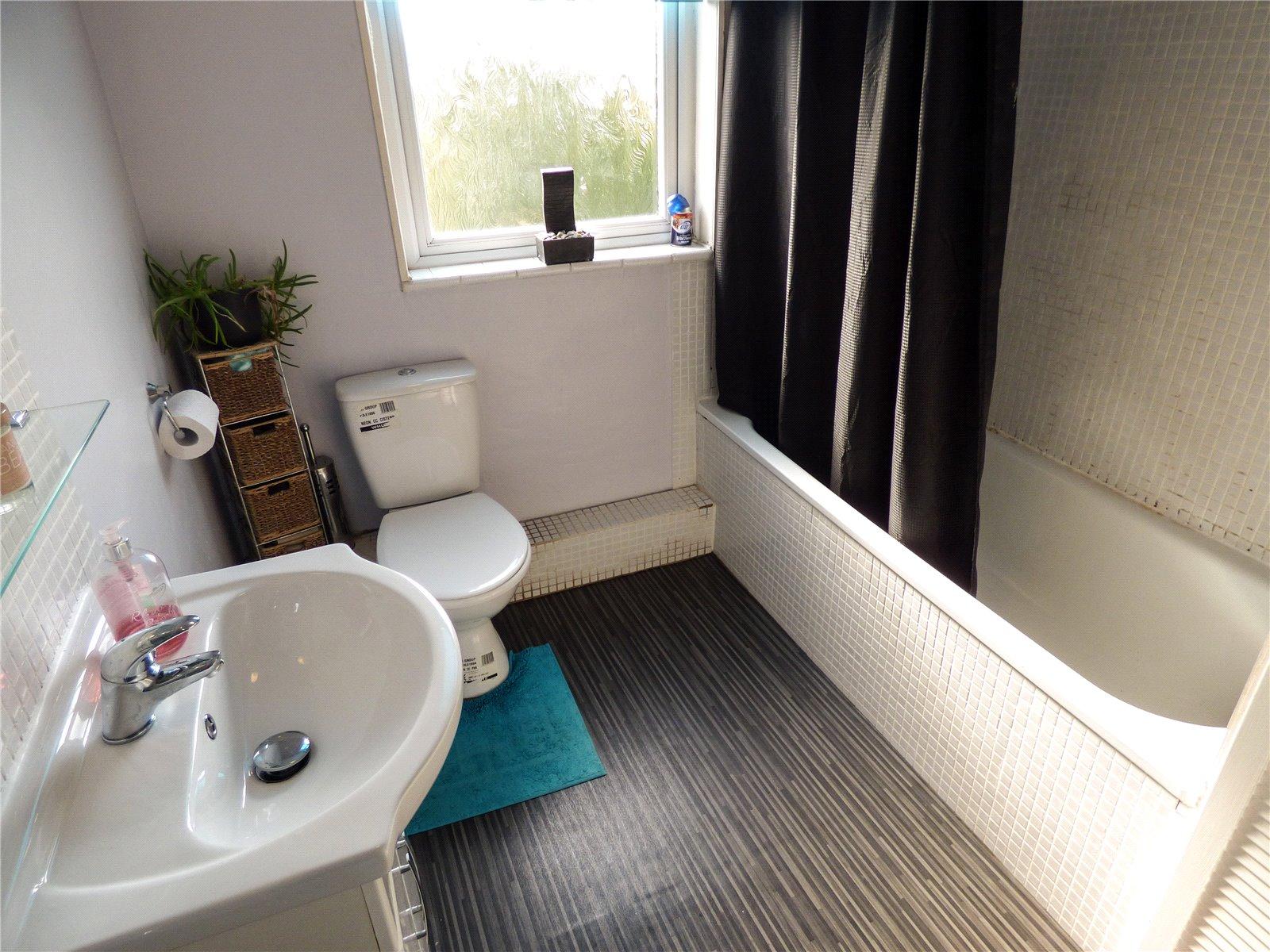 Property Details 2 Bedroomterrace King Street Mossley