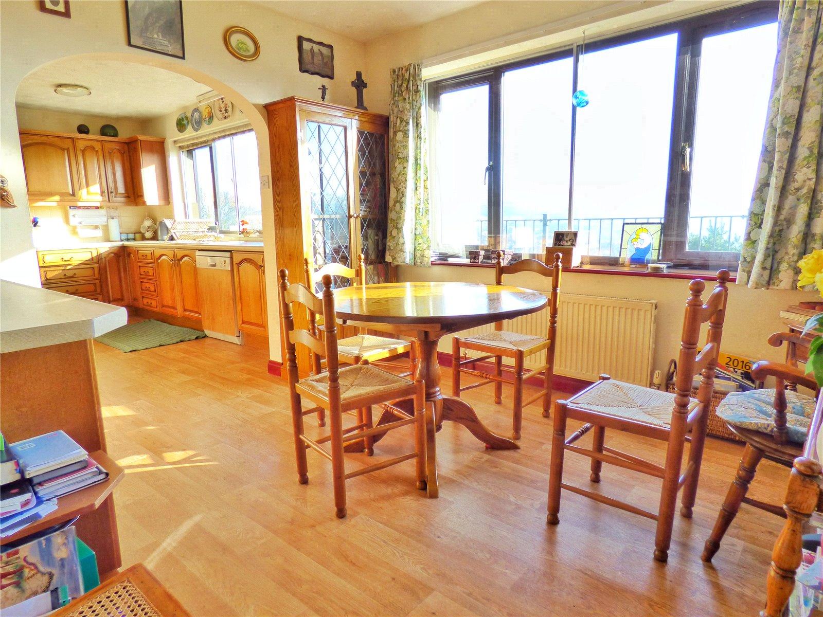 Diner & Open Kitchen