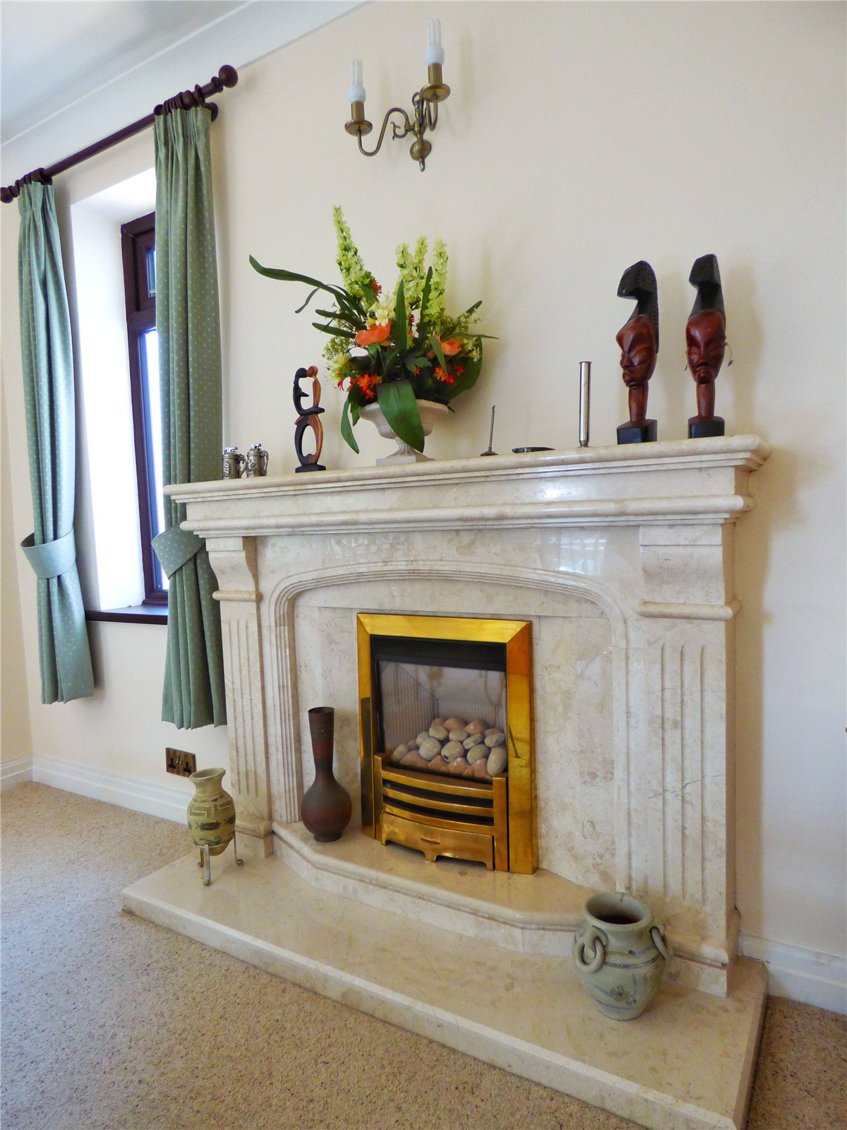 Feature Fire-Place: