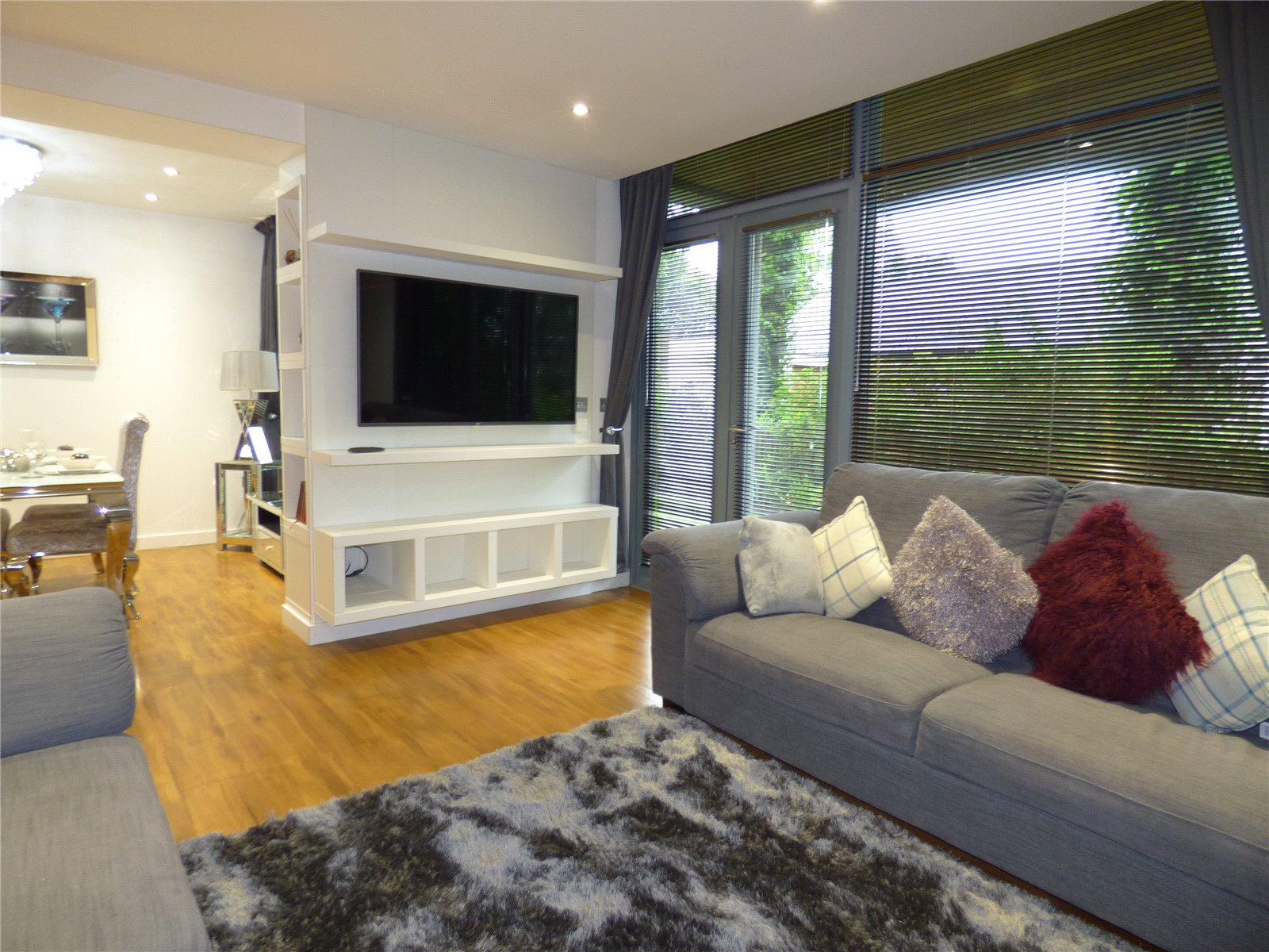Property Details 2 Bedroomflat Fernhill Grasscroft
