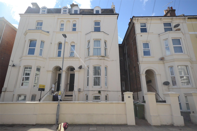 42 Shaftesbury Road Image