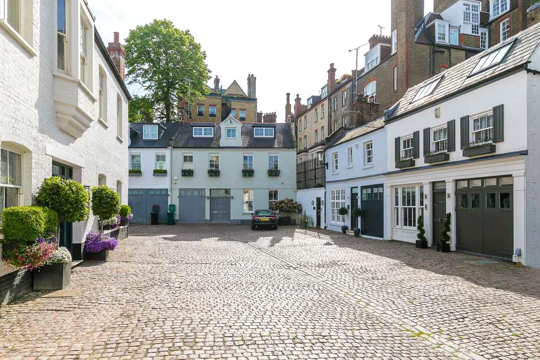 Pont Street Mews, Knightsbridge SW1X property